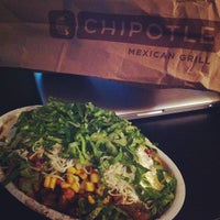 Photo taken at Chipotle Mexican Grill by Dee Jay Cartiac on 9/20/2012