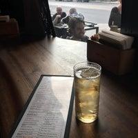 Foto scattata a Bar Raval da Don Y. il 8/7/2017