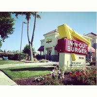 Photo taken at In-N-Out Burger by Ann U. on 4/27/2013