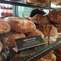 Das Foto wurde bei Bread Story von Itai N. am 8/23/2013 aufgenommen