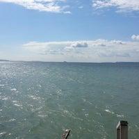 4/19/2013 tarihinde Ufuk K.ziyaretçi tarafından Güzelyalı Sahili'de çekilen fotoğraf