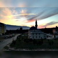 Photo taken at Özel Erkam Yüksek Öğrenim Erkek Öğrenci Yurdu by Samet S. on 10/17/2015