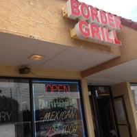 Foto tomada en Border Grill Fresh-Mex por Marvin C. el 4/29/2013