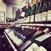 Photo prise au Chambers Street Wines par Greg B. le12/8/2012