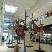 Foto tomada en Mall Plaza Egaña por Anita E. el 3/15/2014