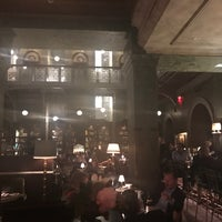 Photo prise au The Bar Room at the Beekman Hotel par Martha A. le4/20/2017