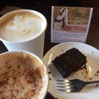 Photo taken at Dottie's Coffee Lounge by Rachel M. on 10/15/2017