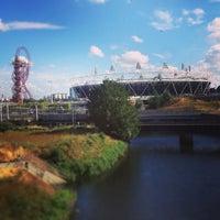 7/28/2013 tarihinde Jerry D.ziyaretçi tarafından Queen Elizabeth Olympic Park'de çekilen fotoğraf