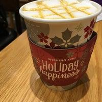 Photo taken at The Coffee Bean & Tea Leaf by Yukako on 12/18/2015