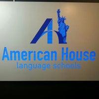 11/29/2014 tarihinde Elcin S.ziyaretçi tarafından American House Alsancak'de çekilen fotoğraf