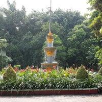 Photo taken at Taman Flora by Dedi W. on 2/28/2014