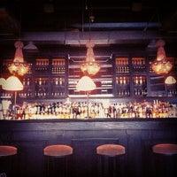 3/30/2013 tarihinde Andrey P.ziyaretçi tarafından Mandarin Bar'de çekilen fotoğraf