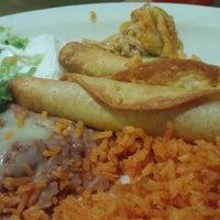 8/30/2015 tarihinde Carl S.ziyaretçi tarafından La Tapatia Mexican Restaurant and Cantina - Concord'de çekilen fotoğraf