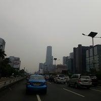 Foto diambil di Jalan Tol Dalam Kota oleh Akang O. pada 5/16/2018