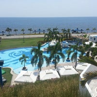 Foto scattata a Thunderbird Resorts Poro Point - Beach Front da Katherine J. il 4/14/2013