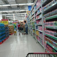 Photo taken at Carrefour by Ay SiCemutz on 8/3/2016