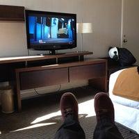 Photo taken at Holiday Inn Express by Niní on 12/26/2014