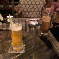 Photo taken at Park Lounge by Loan P. on 11/15/2017