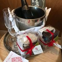 Photo taken at The Scarlet Hotel by Marcio Hiroaki K. on 8/2/2017