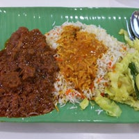 Photo taken at Shami Banana Leaf - North Point by Amos D. on 8/26/2015