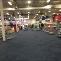Photo taken at Best Buy by Bob C. on 3/10/2013