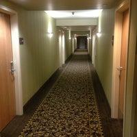Photo taken at Hampton Inn & Suites Largo by Bob C. on 3/4/2013