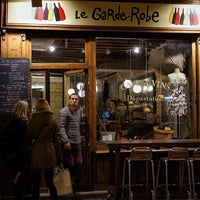 Photo taken at Le Garde-Robe by Anders H. on 11/24/2015