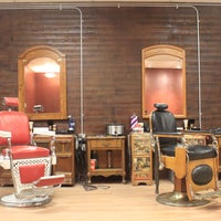 Photo taken at The Gentlemens Shop & Shave Parlour by Justin J. on 7/17/2015