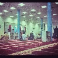 Photo taken at مسجد صقر محمد الصقر by خالد ا. on 3/8/2013
