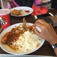 Photo taken at KFC by Ainsssssss on 3/14/2016