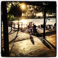 Foto tirada no(a) Colosso Lake Lounge por Italo Gabriel V. em 7/14/2013