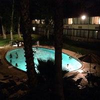 Das Foto wurde bei Best Western Valencia Inn von S.B. R. am 6/29/2014 aufgenommen