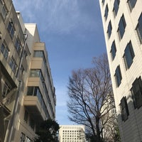 Photo taken at 上智大学 メインストリート by smknt on 3/3/2018