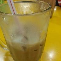 Photo taken at Restoran Tanjung Corner by Zulkifly O. on 3/7/2013