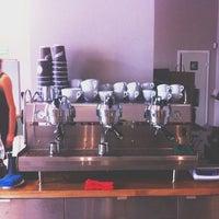 Снимок сделан в Double B Coffee & Tea пользователем Svetlana Y. 7/6/2013