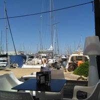 Foto tomada en Puerto deportivo Marina de las salinas por Dominique L. el 8/22/2017