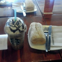 Photo taken at Starbucks Coffee by Alfonso L. on 11/25/2012