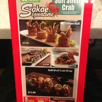 Photo taken at Sakae Sushi by Pooh Momo on 7/8/2013