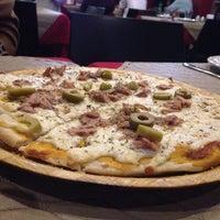 Foto tirada no(a) Naé Pizza Pub por Leonardo P. em 7/13/2014