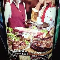 Das Foto wurde bei San Diego Steakhaus von Tobi M. am 5/8/2013 aufgenommen