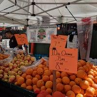 Foto tirada no(a) North Beach Farmers Market por Danny S. em 5/13/2018