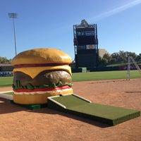 Photo taken at Sacramento Burger Battle 2015 by Rodney B. on 9/19/2013