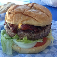 Photo taken at Scott's Burger Shack by Rodney B. on 8/1/2013