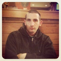 Photo taken at Pizza Hut by Lisa P. on 12/19/2012