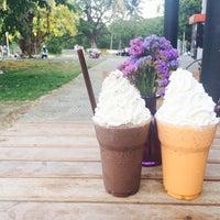 Photo taken at Coffee Man by Yok。 on 4/28/2015