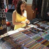 Foto tirada no(a) Mercado Artesanal de Tepoztlán por Luis G. em 10/26/2012