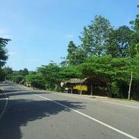 Photo taken at Simpang Beutong - Laweung by Asmen A. on 11/18/2012
