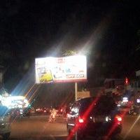 Photo taken at Nasi Goreng Iskandar by Asmen A. on 11/19/2012