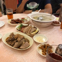 Photo taken at Tak Kee Chiu Chow Restaurant by Frankie L. on 9/30/2017