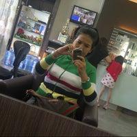 Photo taken at AX Hair Style by Asyatanareisan on 4/7/2014